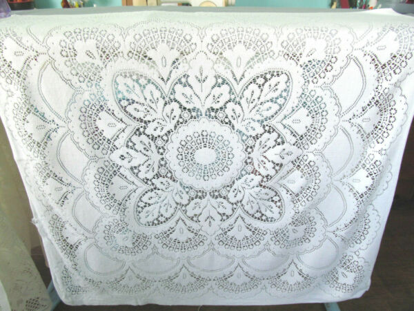Vintage Lace Tablecloth Small Square Floral 31x32quot; Shell Leaf Design Off White M
