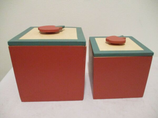 Wooden Boxes Apples on lids Set of 2 5quot; square amp; 4quot; square new