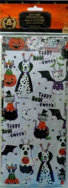 New Halloween Treat Loot Bags Cello 20 Count Pack 11.5quot; Halloween Dogs and Cats $5.99