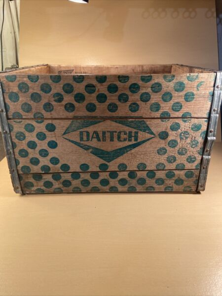 VINTAGE Dairy WOOD CRATE DAITCH New York City