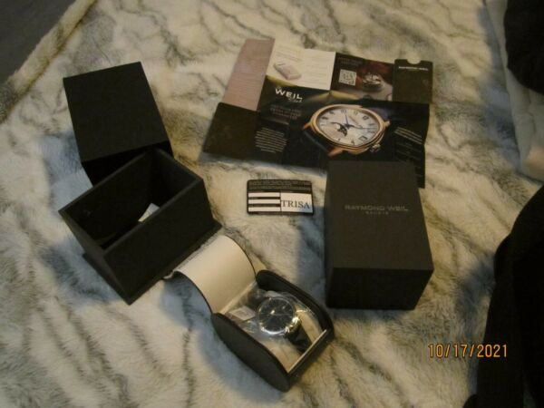 RAYMOND WEIL Maestro Automatic 39.5mm Silver Steel Case with Black Leather Band $299.95