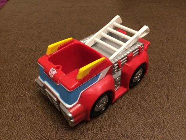 Transformers Rescue Bots HEATWAVE Fire Station Replacement Figure/Truck-Series 1