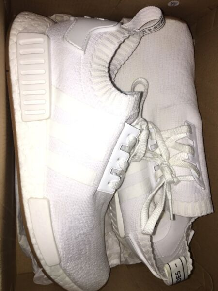 NEW NEVER WORN RARE ADIDAS GUMSOLE WHITE NMD