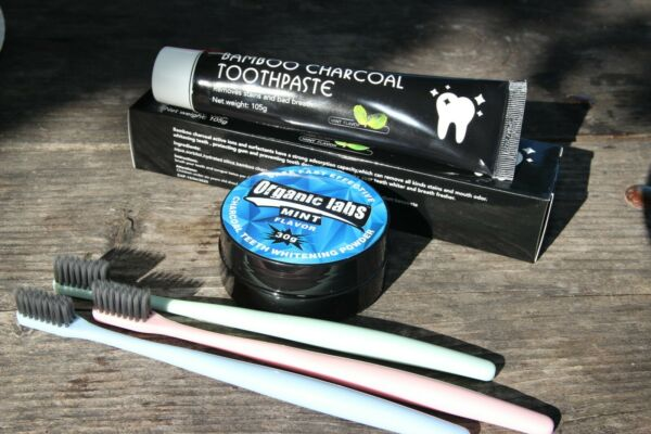 COCONUT ACTIVATED CHARCOAL TOOTHPASTE 100% NATURAL TEETH WHITENING POWDER