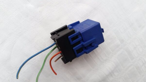 BMW E36 E46 E65 E83 X3 E85 Z4 Reverse Light Relay Blue with Socket Relais OEM
