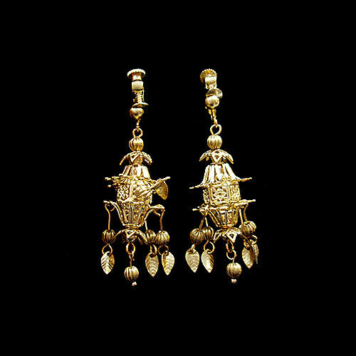 Exquisite Craved Hollow Arbor Purls Golden Earrings Clips