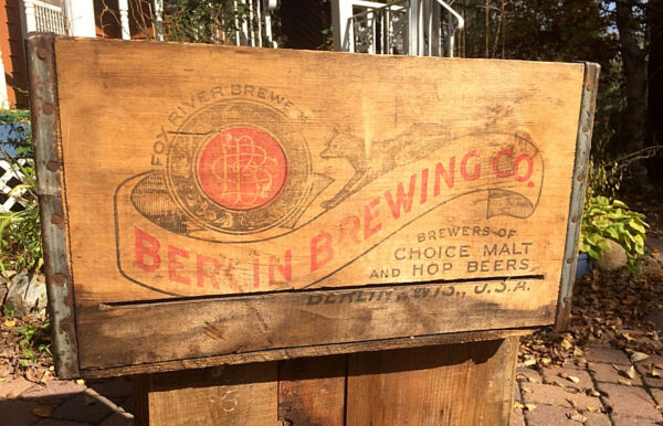 Vintage Fox River Beer Brewery Wood Crate Box Bottle Sign Berlin WI W Graphic