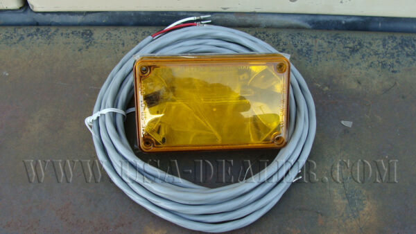 Whelen 400 Series Linear Strobe Light AMBER Lens W Cable 01-0663478-A1