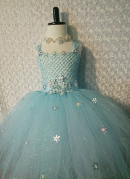 Little Girl Toddler dress/ Elsa Frozen/ tutu dress/ Pictures/ Parties/ ballroom