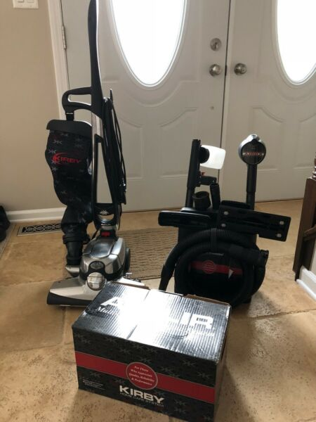 kirby vacuum Model G10D Used Condition ( only used for a single demo ).