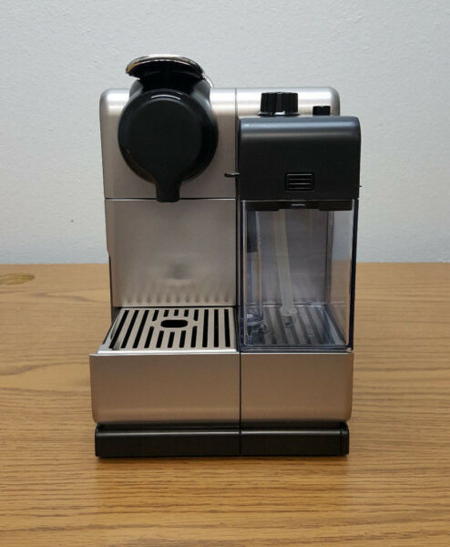 Delonghi Nespresso EN550S Lattissima Touch Coffee Latte Cappuccino Maker