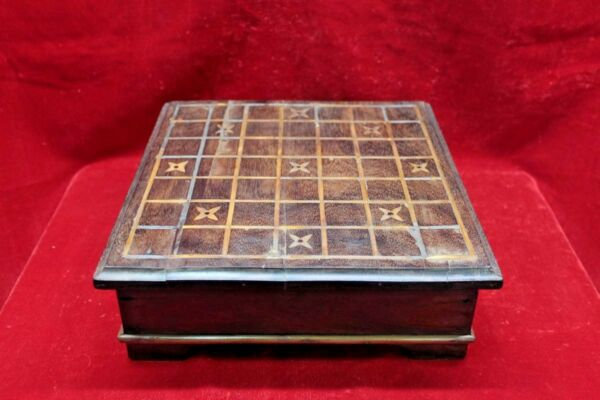 Old Vintage Indian Handmade Unique Wooden Game Tray Box Collectible BF-78