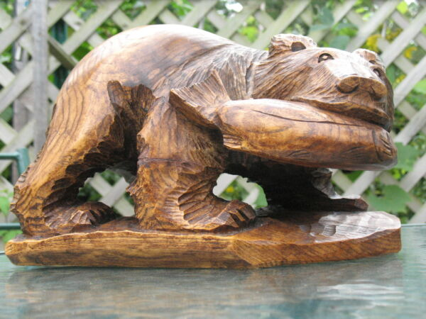 Black Forest Bear Carved Wood Hunting For Salmon Fish #3 Beautiful Wood Graining