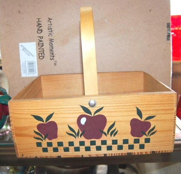 Charming Vintage Wood Basket Crate APPLE Design Country Kitchen Farmhouse Decor