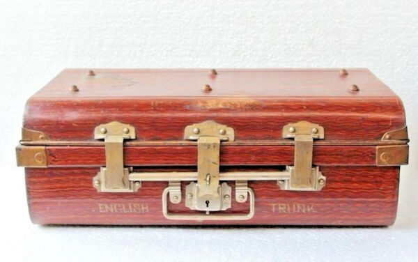 Old Vintage Antique Iron Trunk Brass Lock Trunk Box Storage Collectible BF-99