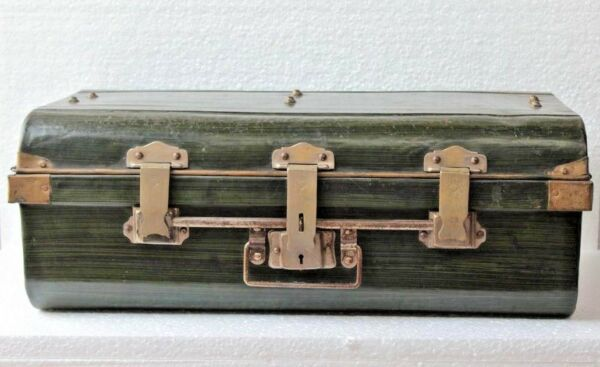 Old Vintage Antique Iron Trunk Brass Lock Trunk Box Storage Collectible BF-36