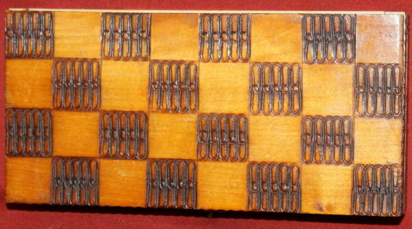 1964 Handcrafted Pyrography Wood Treen Compact Chess Box