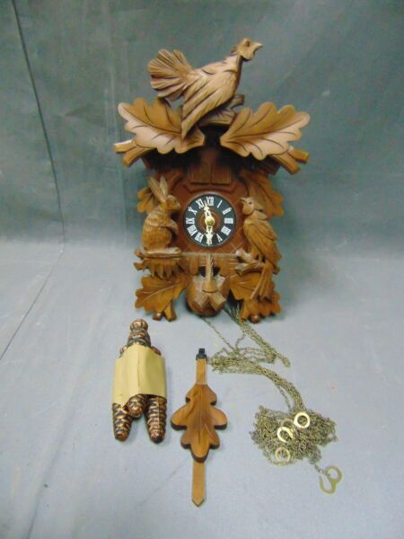 BEAUTIFUL HUBERT HERR ORIGINAL GERMAN BLACK FOREST HUNTER CUCKOO CLOCK