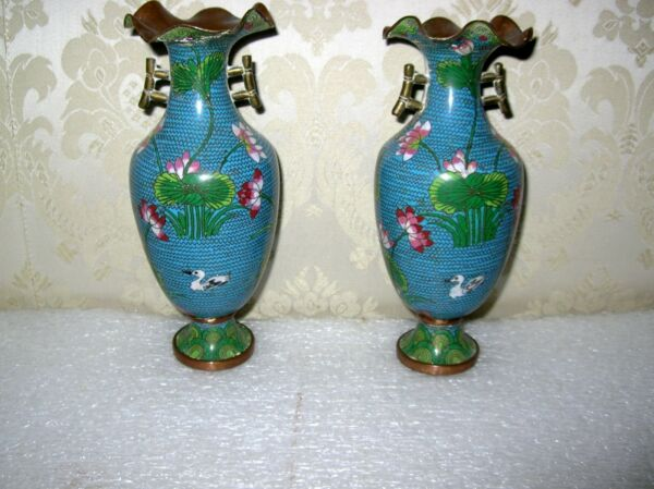 19TH CENTURY PAIR OF  RUFFLE TOP CLOISONNE VASES