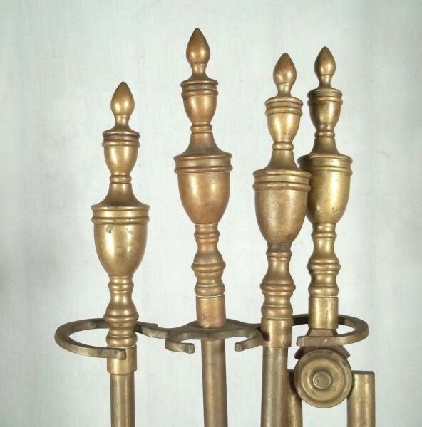 EARLY 20th CENTURY SET OF DOUBLE URN FINIAL TOP BRASS FIREPLACE TOOLS AND STAND