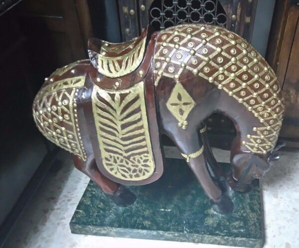 EXCLUSIVE PIECE. VERY ANCIENT AL ANDALUS PALACE BIG WOODEN HORSE MUSEUM