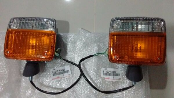 Toyota Land Cruiser FJ40 BJ40 Genuine Front Turn Signal Lights Lamp SET FS