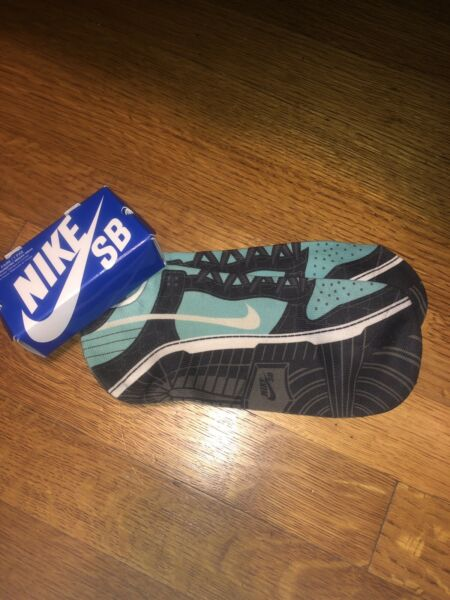 Nike SB Dunk Socks Tiff Large New In Box