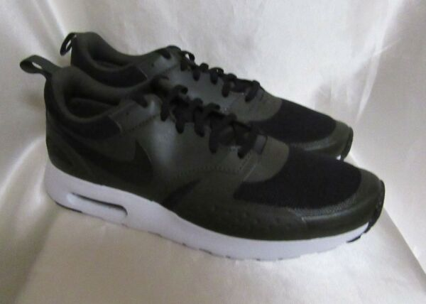 MEN`S NIKE AIR MAX VISION ATHLETIC SNEAKERS SIZE 11 M NEW #918230 002 BLACK