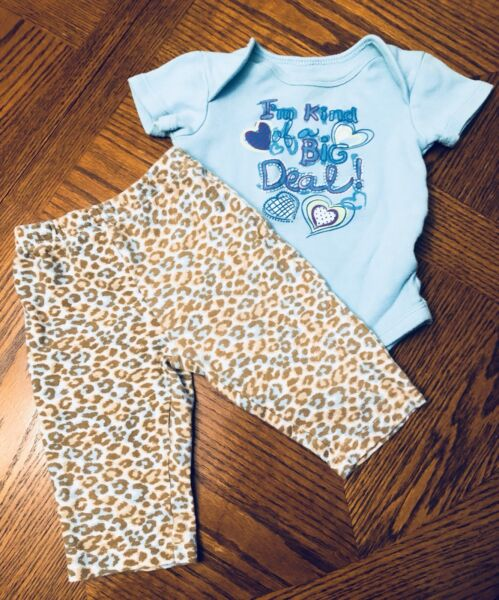 EUC BABY GIRLS OUTFIT SIZE 3 6 Months