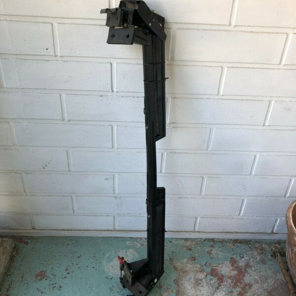 Thule roof racks 2061 Ski amp; Snowboard Rack with key lock in great condition $75.00