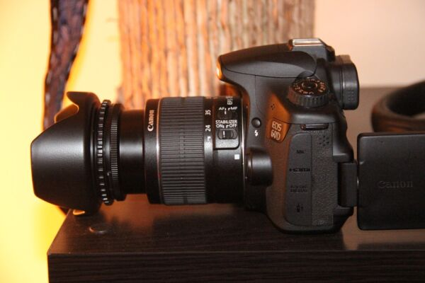 MINT Canon EOS 60D Digital camera 18.0 MP SLR with 18-55mm IS II Lens (2 LENSES)