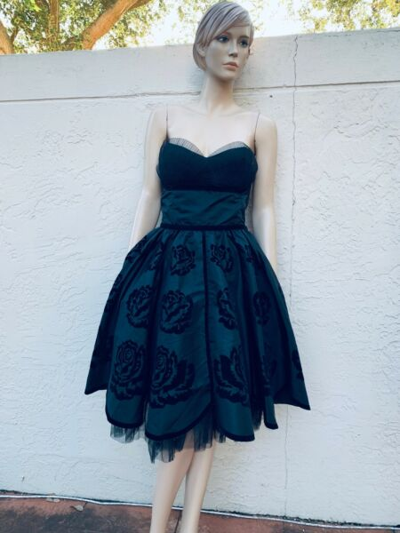 BETSEY JOHNSON EVENING GORGEOUS BLACK ROSES STRAPLESS PROM COCKTAIL DRESS