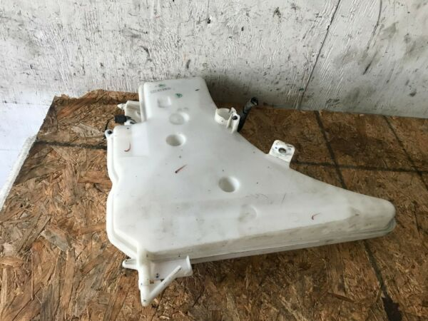BMW OEM E92 E93 335I 2 DOOR 07-13 WINDSHIELD WASHER FLUID RESERVOIR TANK PUMP
