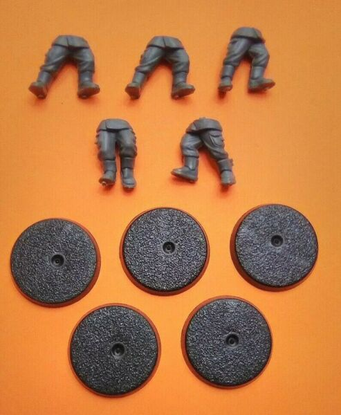 Imperial Guard Cadian Legs and Bases Bits