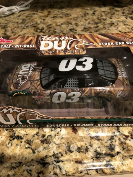 Ducks Unlimited - Nascar - 124 scale Die cast Stock Car Racing Champions #03
