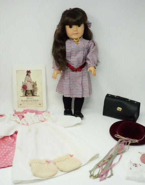 American Girl Doll Pleasant Company Samantha With Lots of Extras