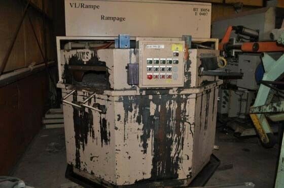 72″ RAMPE TABLE TYPE WASHER 30″ WIDE PART AREA 7″ PART HEIGHT WASH  BLOW OFF OM