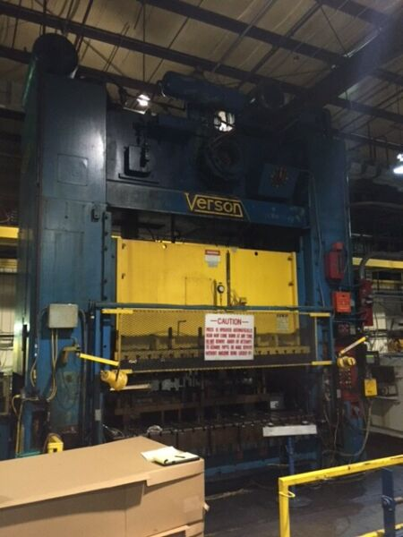 600 TON VERSON SSDC PRESS 10″ STROKE 46″ SHUT HEIGHT 12″ POWERED RAM ADJUSTMENT