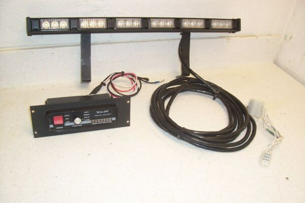 WHELEN TIR-3 6 LED AMBER TRAFFIC ADVISOR LIGHT BAR WCONTROLLER