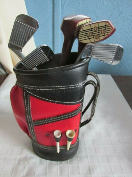 MINI GOLF CLUBS AND BAG UNIQUE FOR THE BAR PRE OWNED BARWARE $12.00