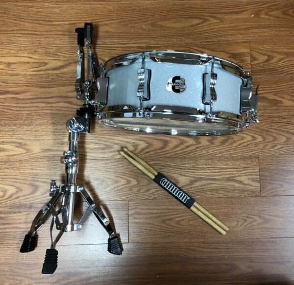 Ludwig Element Evolution Snare Drum Stand and Sticks Open Box White Sparkle