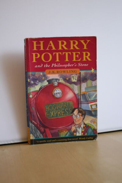 J.K. Rowling (1997) 'Harry Potter and the Philosopher's Stone' UK first edition