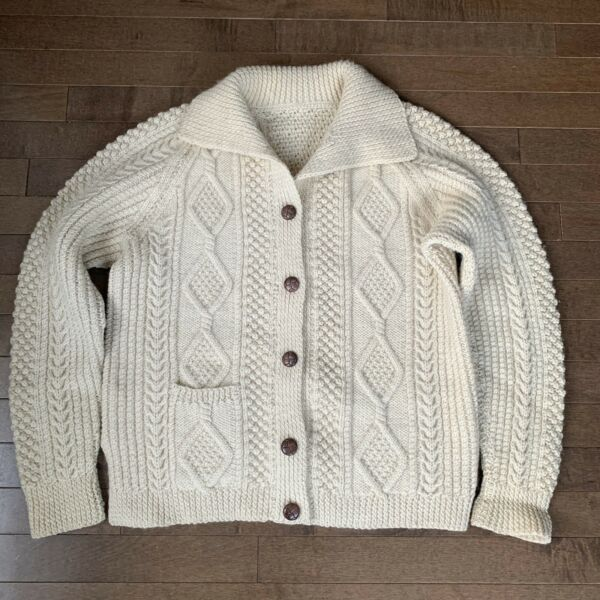 Scottish Ivory Cable Knit Wool Cardigan Sweater  Womens Medium M Vintage