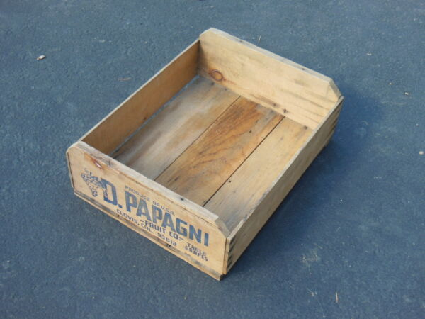 vtg D. Papagni Fruit Co - Wood Produce Crate for Table Grapes CLOVIS California