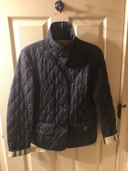Burberry Women's Quilted Jacket Small. $260.00