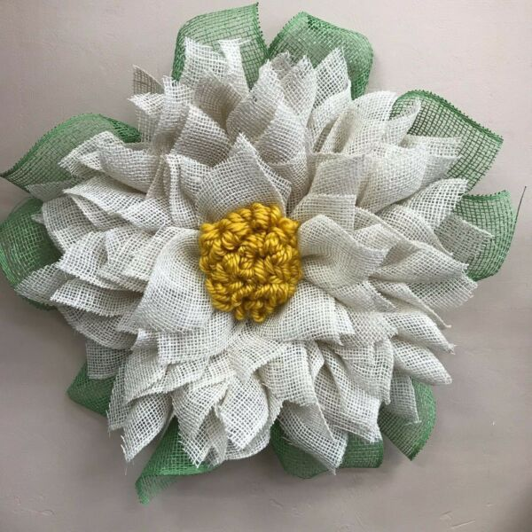 NEW WHITE BURLAP WREATH WITH YELLOW CENTER ~ BEAUTIFUL SPRING SUMMER