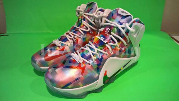 NEW NIKE LEBRON XII EXT PRISM FINISH YOUR BREAKFAST SZ 8.5 FRUITY PEBBLES 12 7