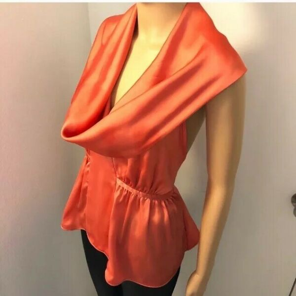 Stunning Sexy Bob Store Salmon Color Satin Top Size Small Made In Brazil