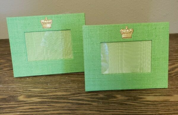 Pair of Mardi Gras Picture Frames green burlap frame with gold crown. 4x6 pic sz