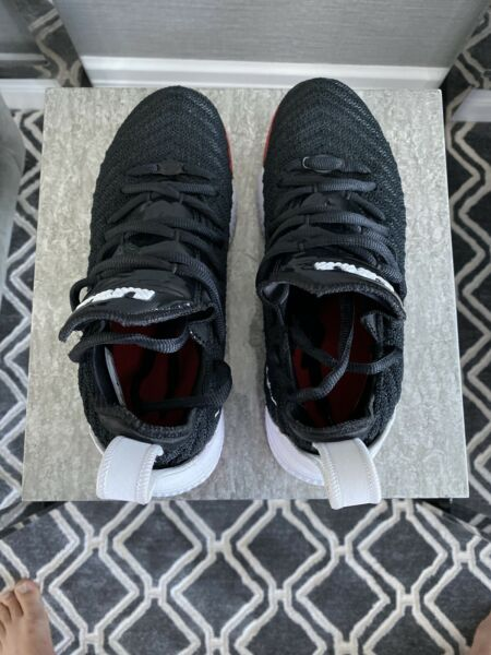 Lebron James XVI Nike Shoes Sneakers New Low Cut US 5.5 Youth Black Red White
